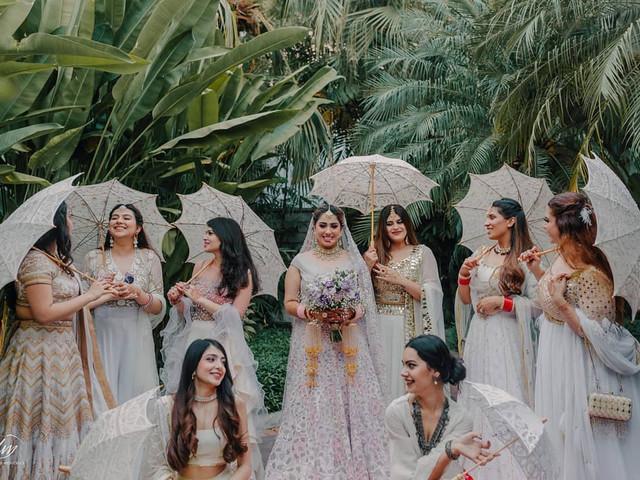 Bridesmaids Photoshoot Ideas to Make It Even More Fun & Memorable