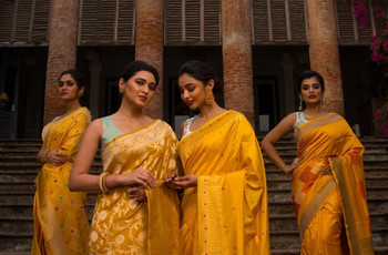 25 + Silk Saree Blouse Designs - Find Simple and Back Neck Silk Saree Blouse Designs @ WeddingWire