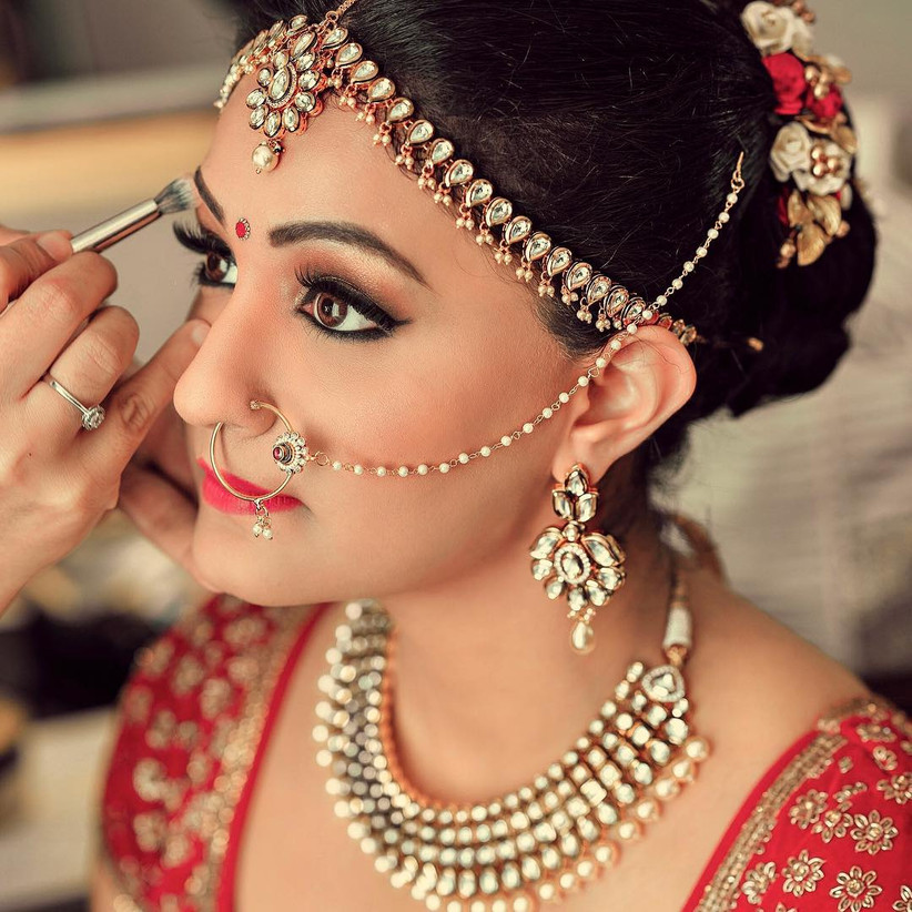 Wedding Hairstyle And Makeup: Simple Bridal Makeup Styles Trending This Wedding Season
