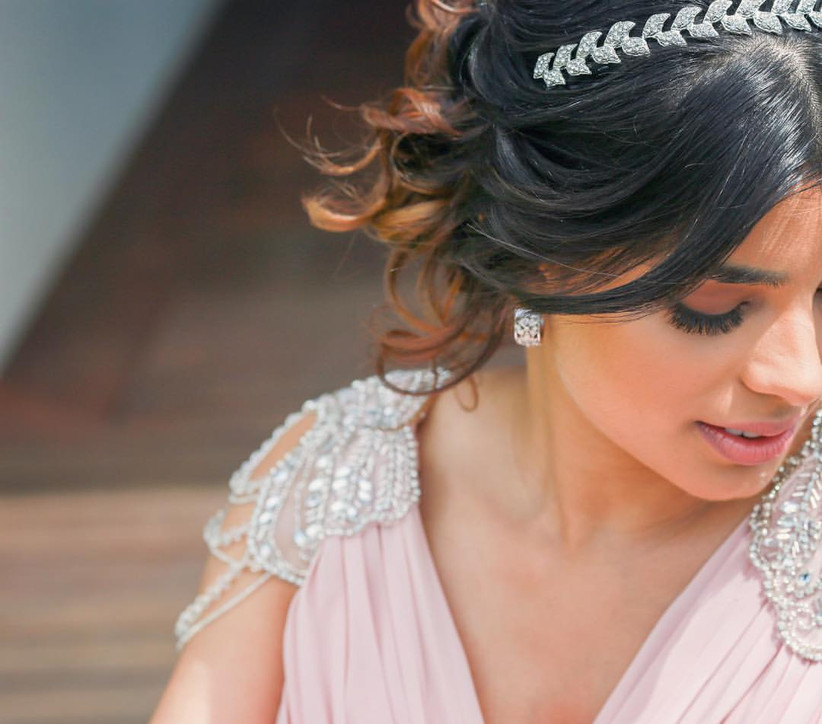 10 Indian Hairstyles For Short Hair That Look Ravishing For Any Bride And Her Bff