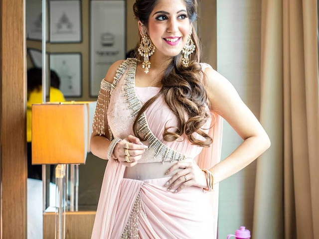 Check These Designer Sarees Images For Your Trousseau Ideas