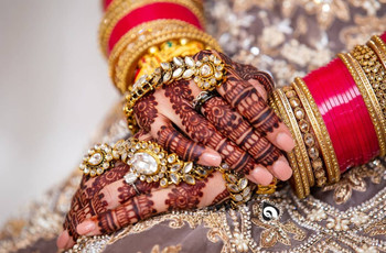 17 Finger Design Inspirations That Work For Every Bride Who Wants To Go Minimal With Her Mehndi