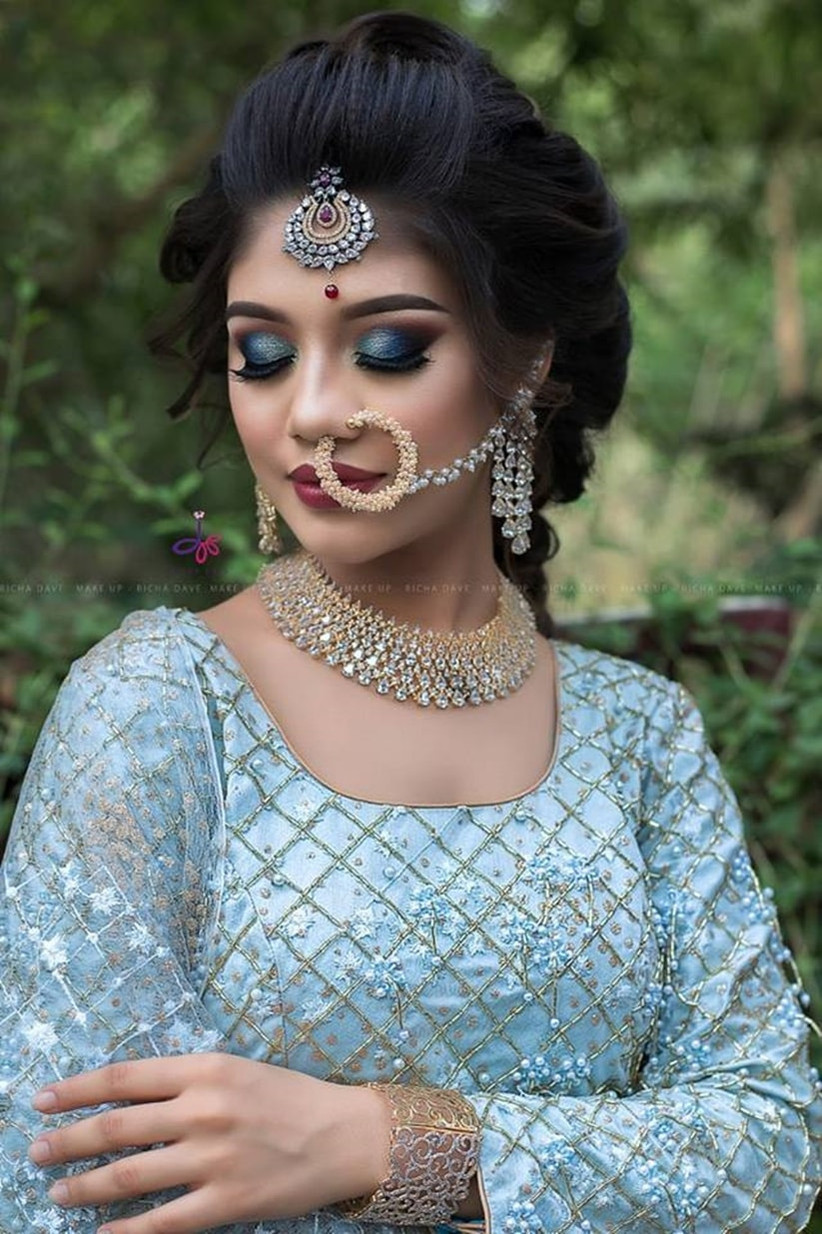 Choose the Perfect South Indian Bridal Hairstyle for Engagement That Will Turn You Into a Show ...