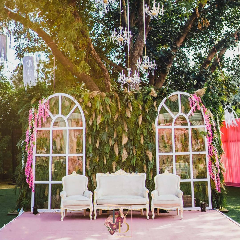 Top White Wedding Decoration Inspirations