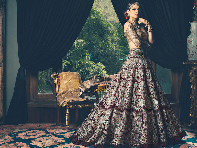 10 Wedding Lehengas by Manish Malhotra That Are Not Red, but Yet Drop Dead Gorgeous!