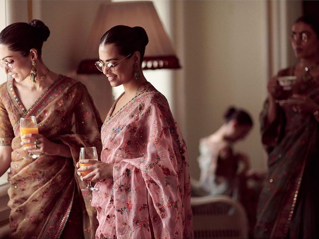 Latest Designer Sarees for Wedding Party for that Glam Look