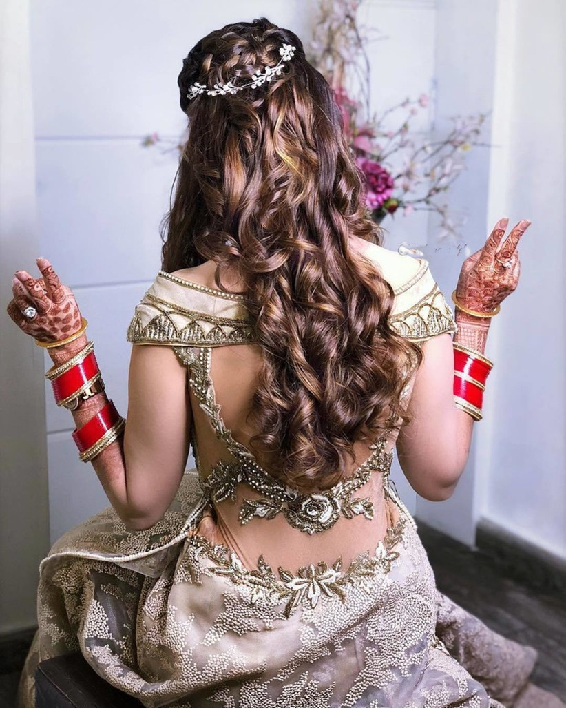 Looking For The Right Hairstyle For Gown Here Are 8 Ideas For You