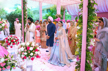 Freshest Images of Wedding Dresses as Worn by Punjabi Couples on Their Wedding Day!
