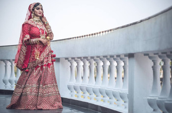 Thinking of Buying Rajasthani Gold Jewellery for Your Wedding Day? Here's What You Need to Know