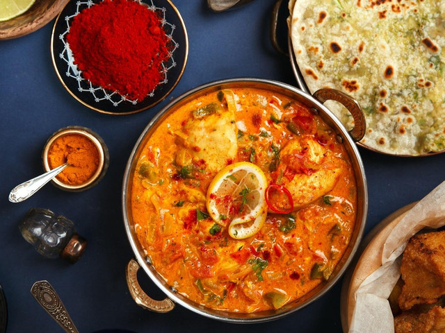8 Gujarati Food Items That You Must Have In Your Wedding Buffet!