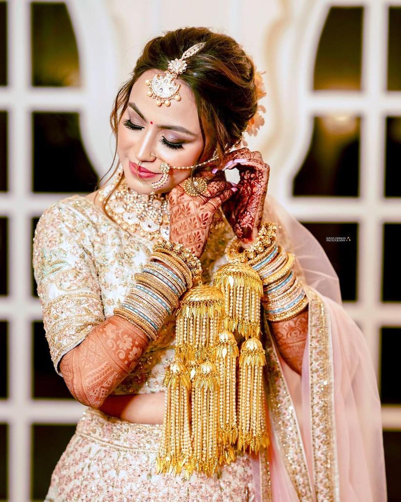 The kada design for the bride