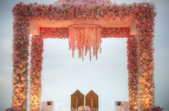 Beautiful Stage Flower Decoration Ideas for Your Dream Day