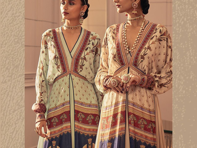 10 Kurti Design Ideas From Top Designers For Your Big Day