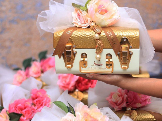 7 Personalised & Unique Gifts for Bride That She'll Love Immensely