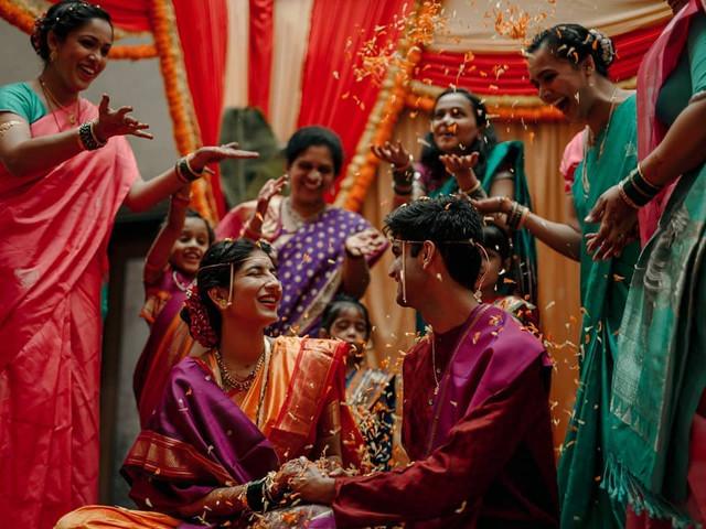 Marathi Sakharpuda - This Is What Really Goes on in This Marathi Engagement Ceremony