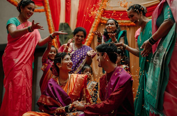Marathi Sakharpuda - This Is What Really Goes on in This Marathi Engagement Ceremony