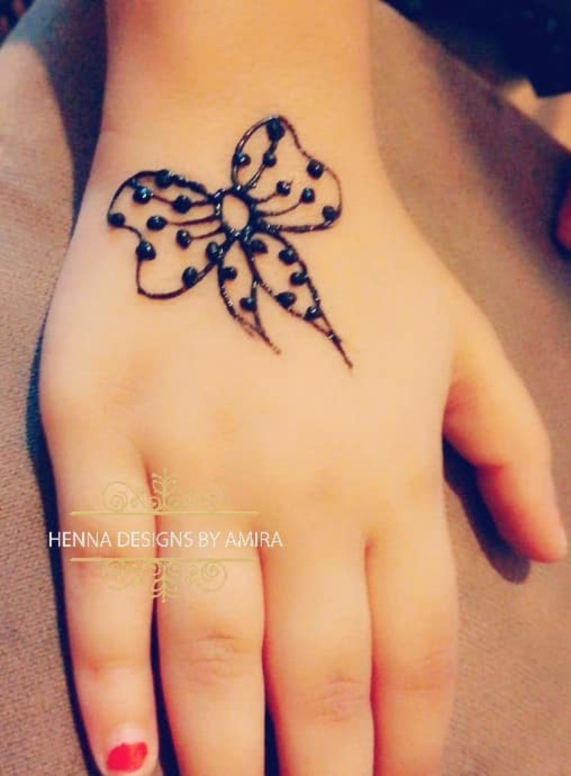 12 Easy Mehndi Designs for Kids That Are Hot This Wedding Season