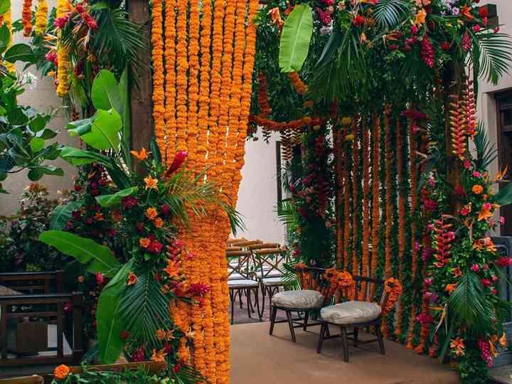Marigold Flower Decoration For Wedding  from cdn0.weddingwire.in