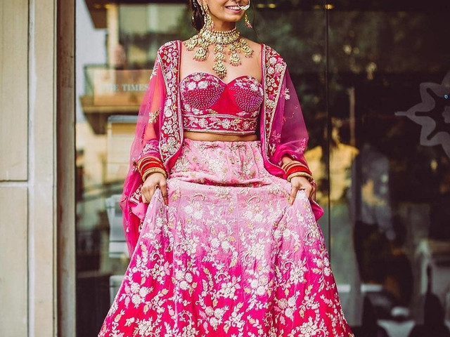 6 Indian Blouse Designs That Make For Perfect Bridal Inspiration For You, Straight Off The Runway