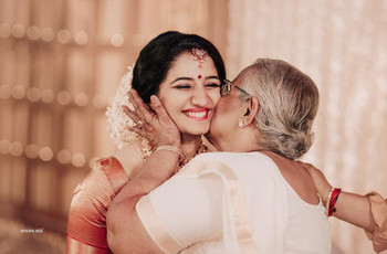 25+ Mother's Day Quotes From a Daughter to Her Mother!