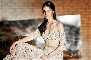6 Lehenga Blouse Designs by Manish Malhotra That Are Definitely His Best Yet!