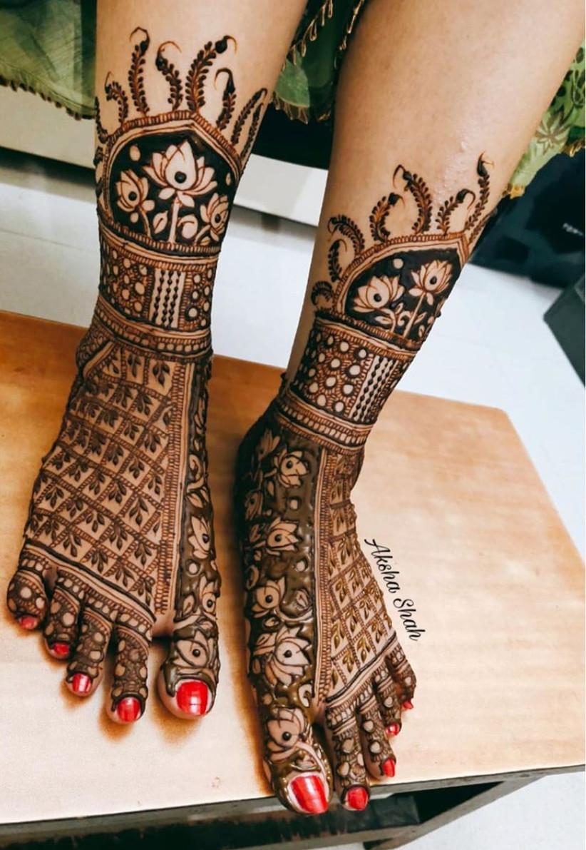 Semi-Floral Mehndi design