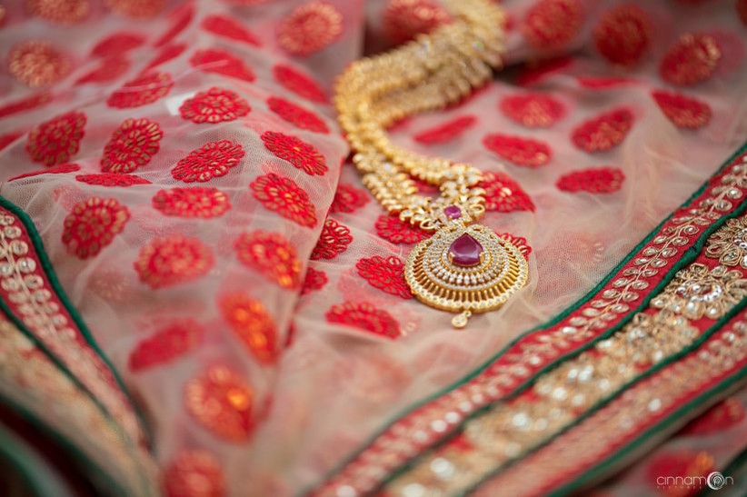 Mulla mottu mala is a traditional neckpiece that is a must-have for every Kerala bride