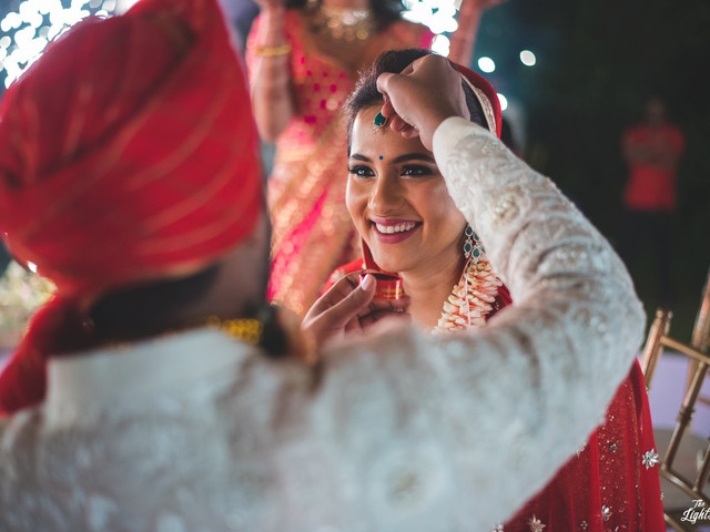 Keep A Brave Face - 5 Common Marriage Problems You May Face And How To Deal With Them Effectively