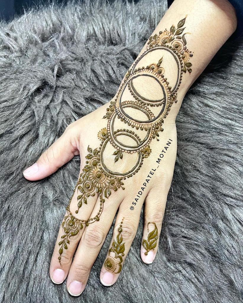 bangle simple mehndi