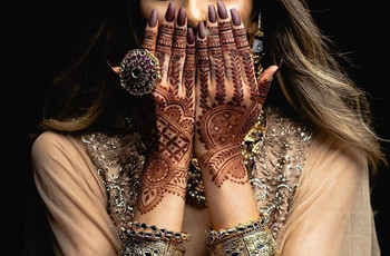 10 Latest Half Hand Mehndi Design Ideas for Bridesmaids