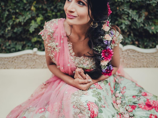 This Hairstyle on Lehenga Choli Combination Guide Is All You Need to Bring out the Diva in You