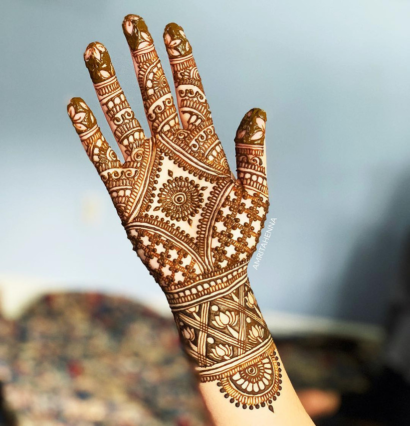 Traditional Henna Designs: 5 Breathtaking Traditional Mehndi Design Ideas