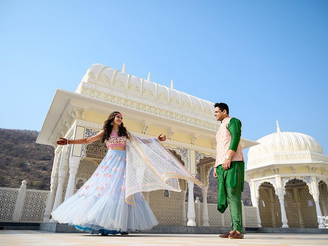 Check Out These Love Story Image Ideas for Your Photoshoot