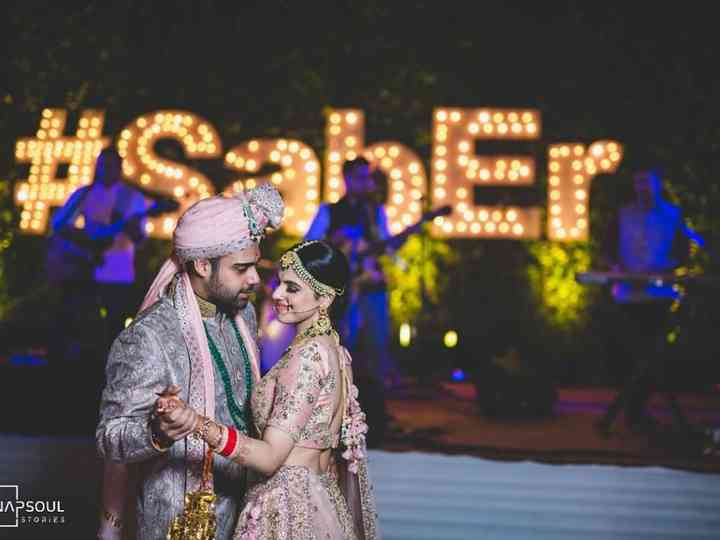 The Ultimate Old Hindi Wedding Songs List for Your Wedding Functions