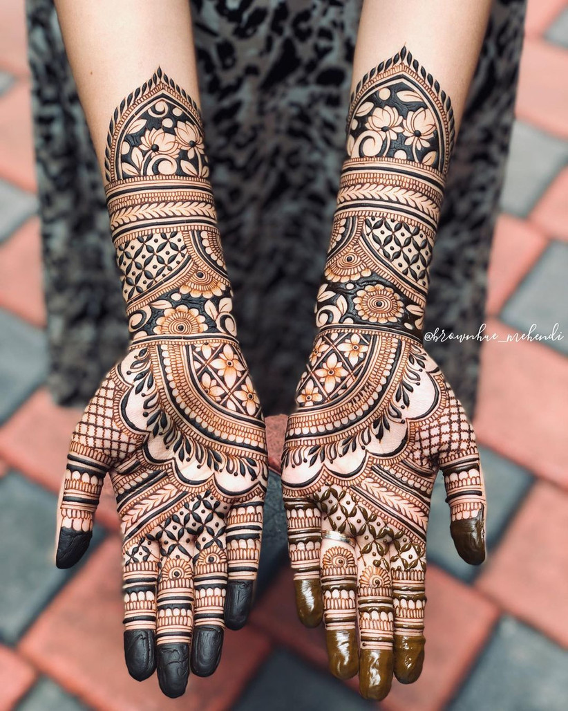 Floral Mehndi Design in Front Hands