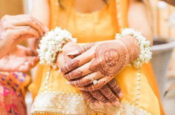 10 Mehndi Designs, Easy & Beautiful, for the Not So OTT Bride
