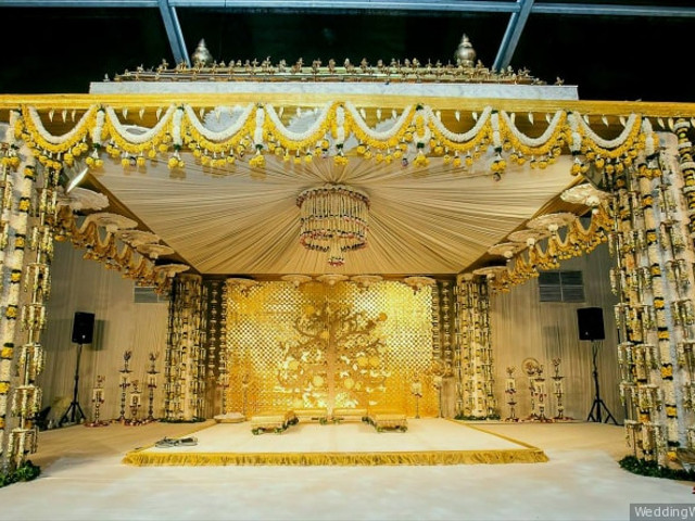 15 Commendable Mandap Decoration Photos to Look at Before the Onset of Your Big Day Preps