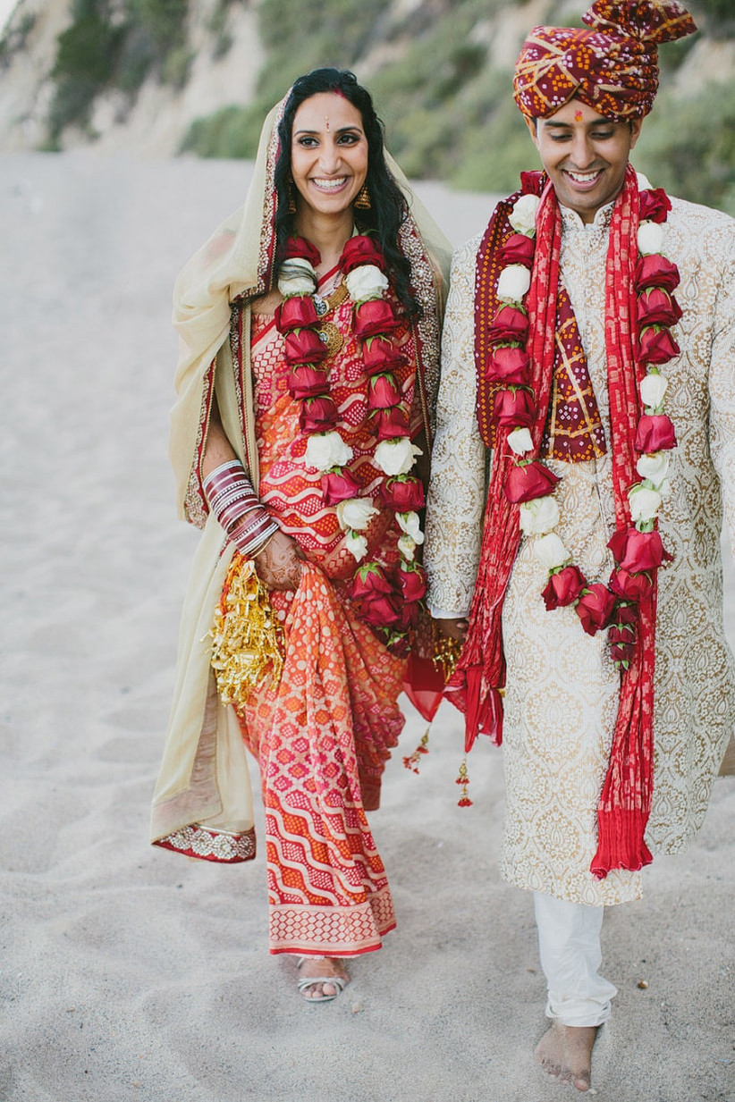 8 Wow Wedding Garland Ideas Which Work For A Traditional Ceremony