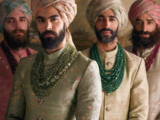 Looking for Sherwani Designs? Let Your Zodiac Help You for D-day