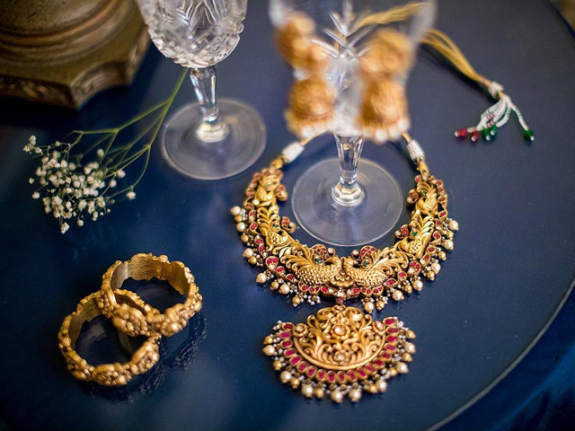 Jaw-dropping Temple Jewellery Designs for That Extra Sparkle