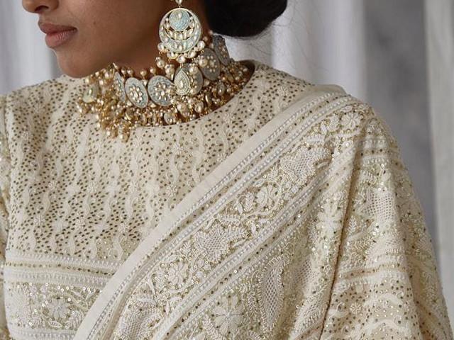Regal Chikankari Lehengas for the Brides & Bridesmaids to Pick Right