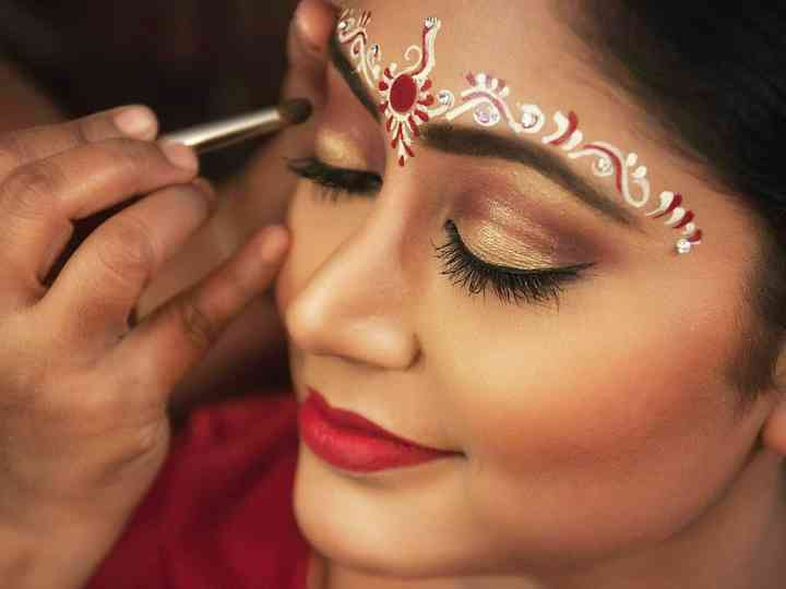 Try These Bengali Wedding Makeup Tips To Rock All Your Biye Like a True Bong Diva!