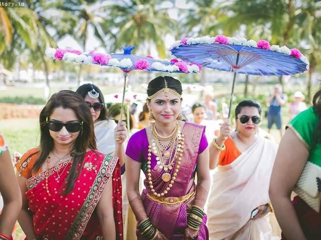 Fancy Umbrella Phoolon Ki Chadar Images for a Breathtaking Entry