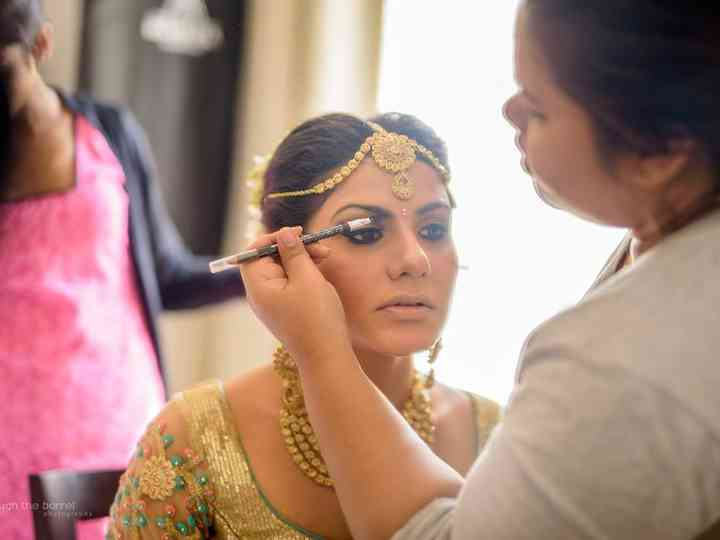 All You Need to Know About Body Polishing For Bride
