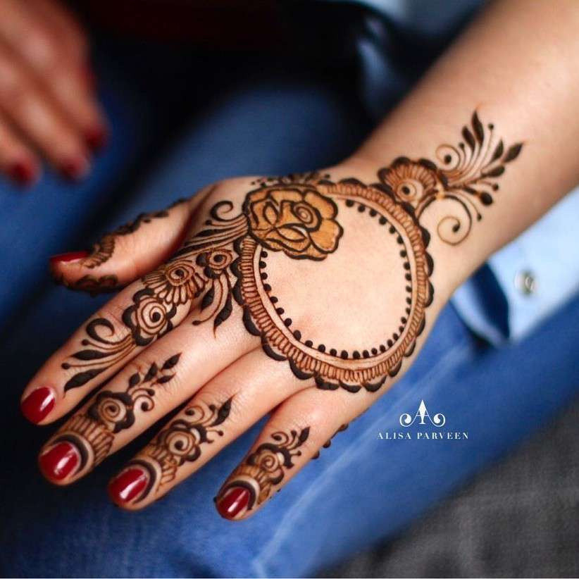 20 Striking One Side Mehndi Designs For Bffs Of The Bride Or Groom