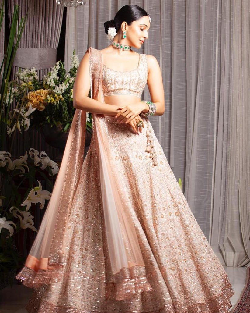 These 8 Crop Tops And Skirts Images Are Perfect For Summer Brides 12 top and skirt sets you've been searching everywhere for. these 8 crop tops and skirts images are