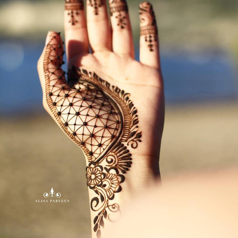 70 Simple Mehndi Designs For Brides To Be