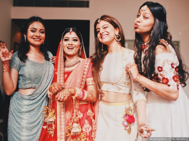 7 Beautiful Indian Wedding Outfits for Sister That Would Set Some Major Fashion Goals and Trends
