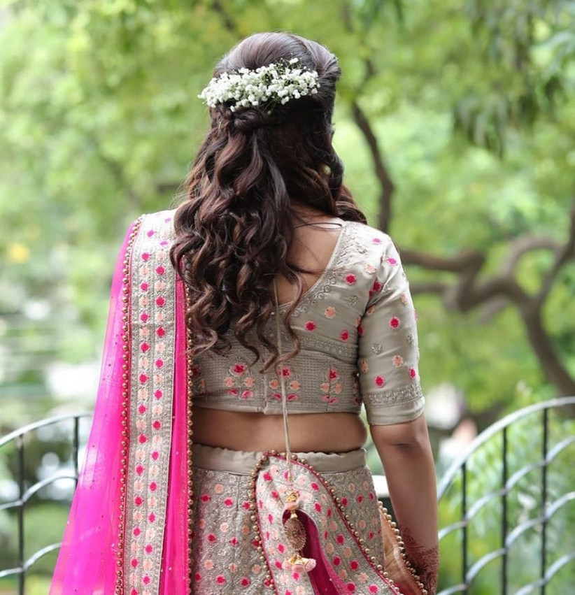 8 Hairstyles For Indian Wedding Reception To Turn The Heads