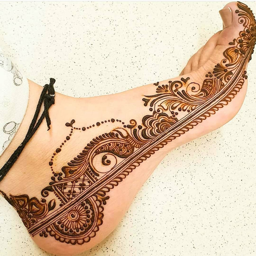 mehndi design in feet